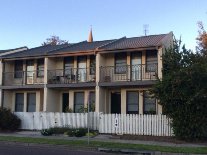 3/45 Ken Tubman Drive, Maitland, NSW 2320