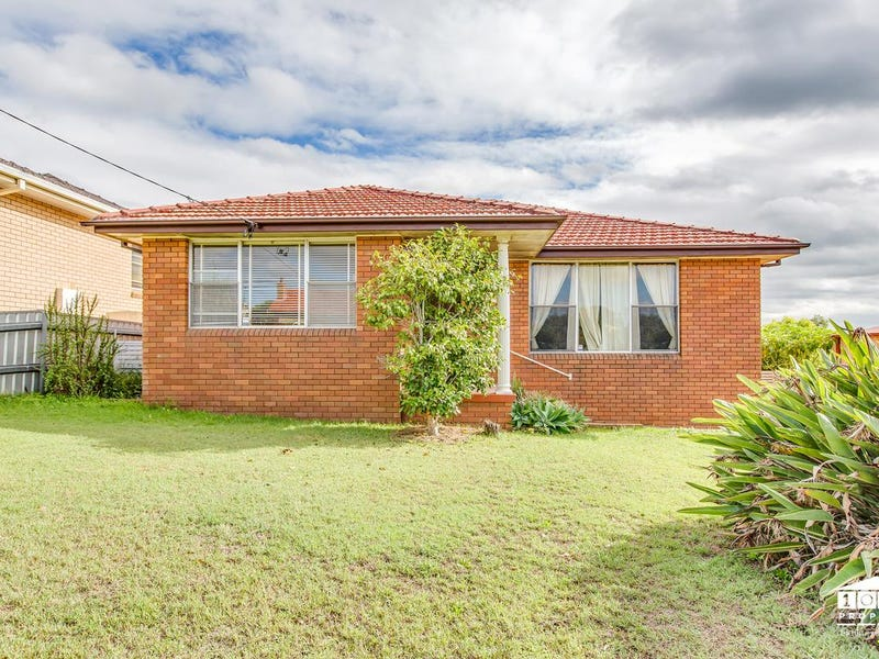 3 Crisp Avenue, Rutherford, NSW 2320
