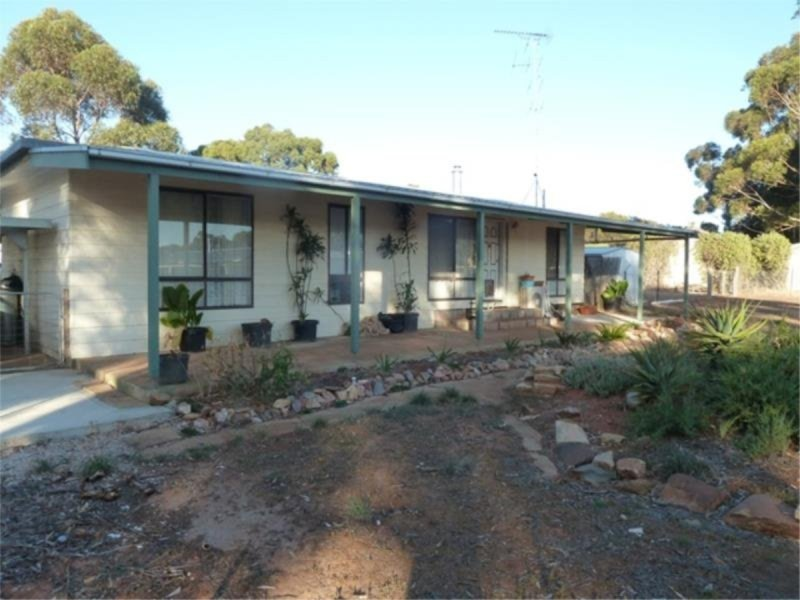 15 Stavely Street, Farrell Flat, SA 5416