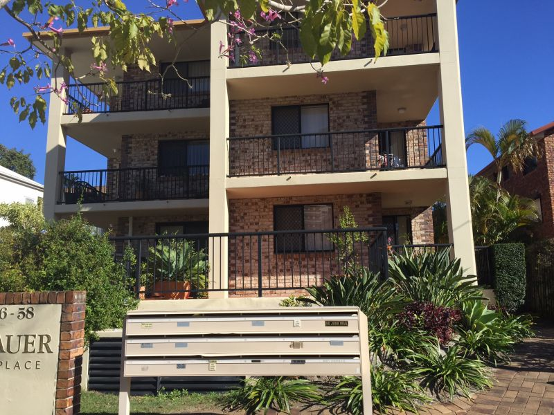 4/56-58 Bauer Street, Southport, Qld 4215