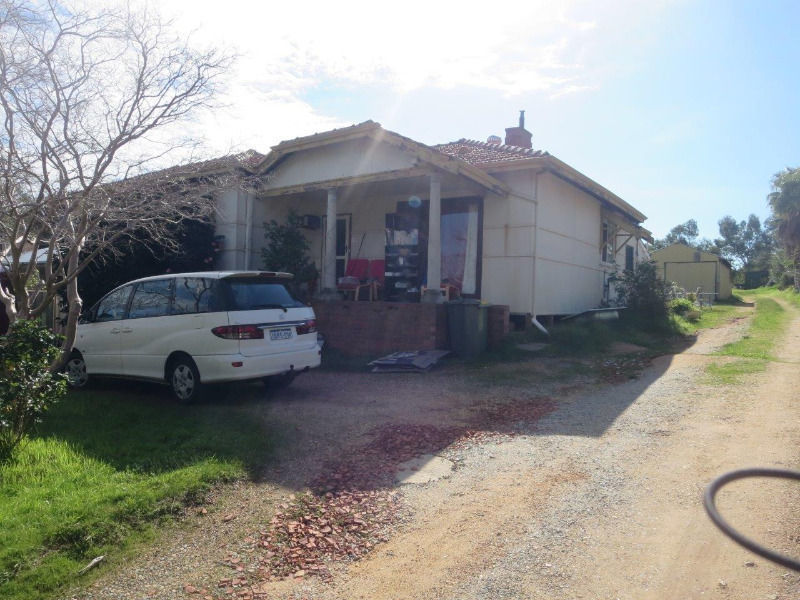 27 Coongan Avenue, Greenmount, WA 6056