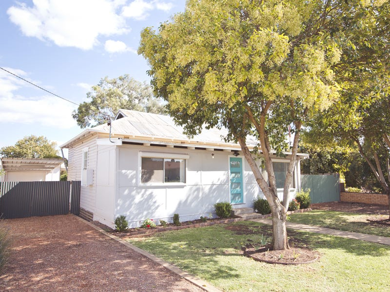 126 Merrigal Street, Griffith