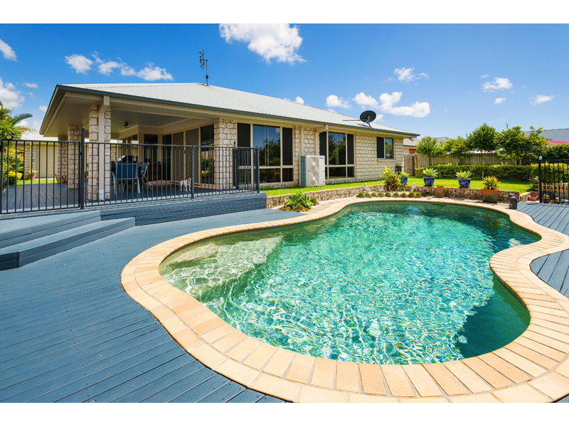 8  Whitely Cct,, Maudsland, Qld 4210