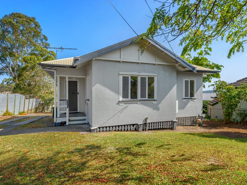 745 Cavendish Road, Holland Park, Qld 4121