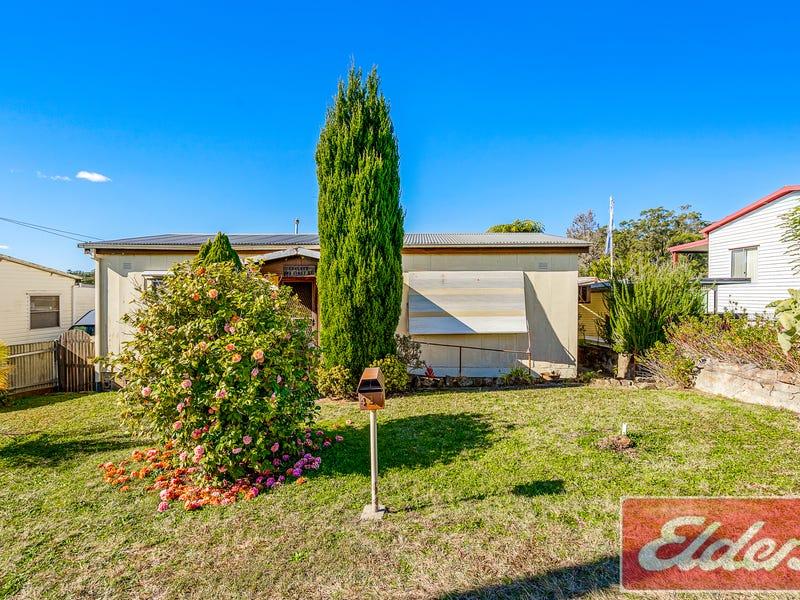42 FIRST STREET, Warragamba, NSW 2752