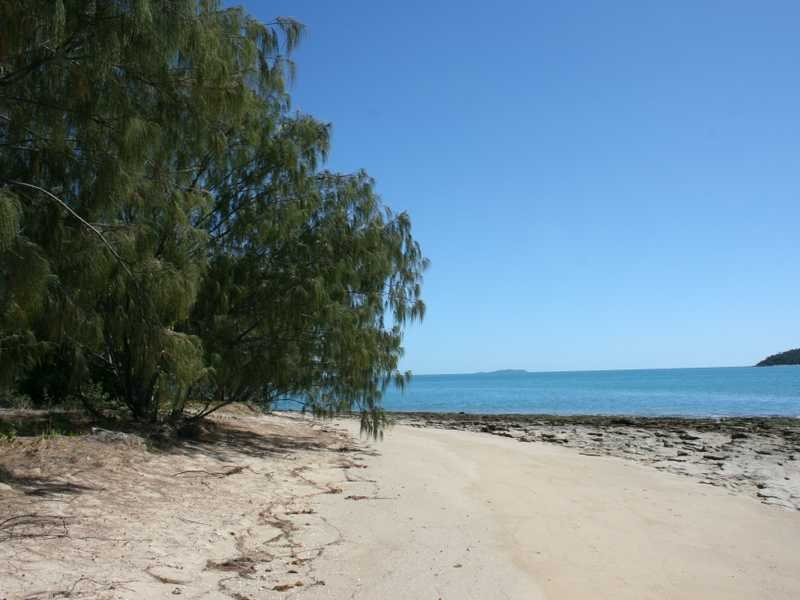 Lot 7, Cape Gloucester Retreat, Cape Gloucester, Qld 4800