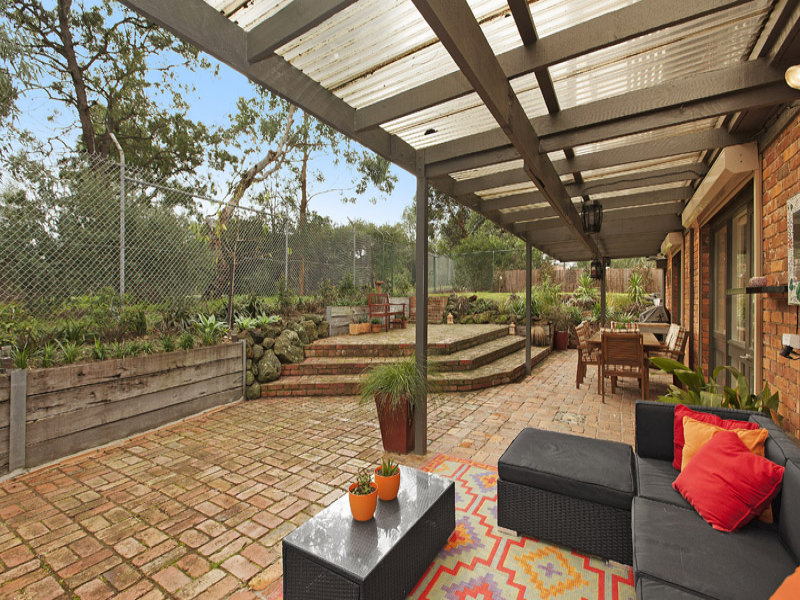 17 Wolbers Road, Dingley Village, Vic 3172