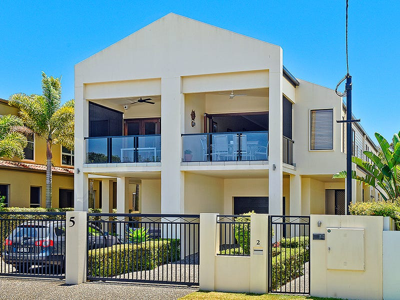 2/5 Rouen Avenue, Paradise Point, Qld 4216