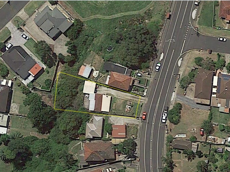 138 Lake Avenue, Cringila, NSW 2502