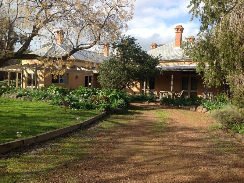 77 Mary Gilmore Road, Wagga Wagga, NSW 2650