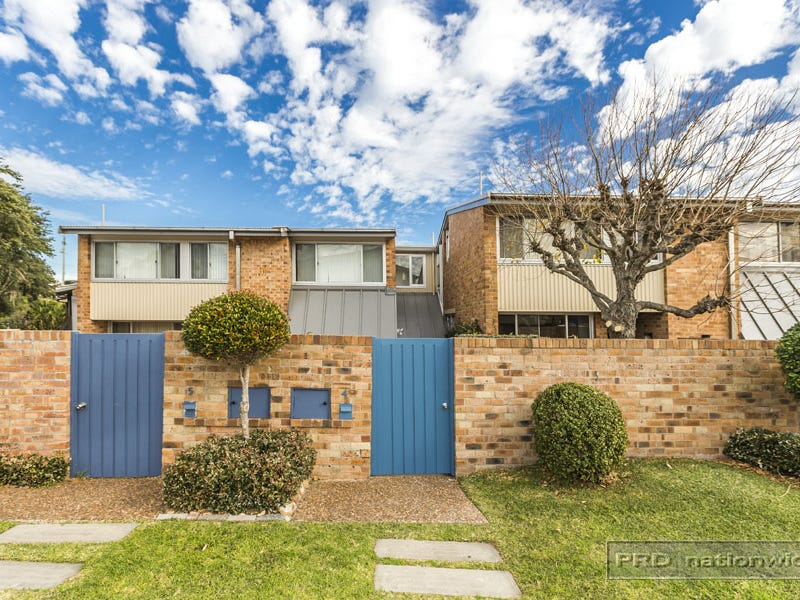 4/4 Lemnos Parade, The Hill, NSW 2300