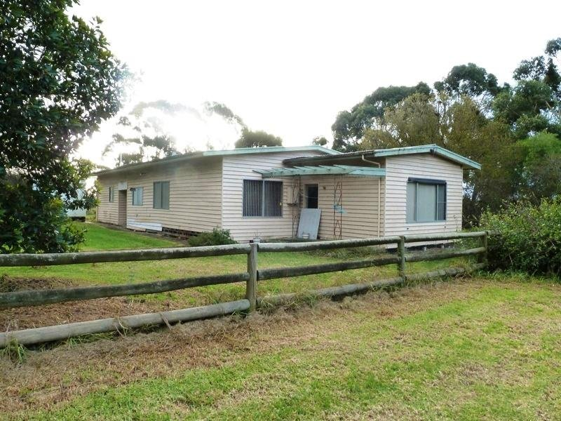 2335 Colac Ballarat Road, Weering, Vic 3251