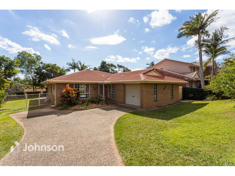 305 Wondall Road, Wynnum West, Qld 4178