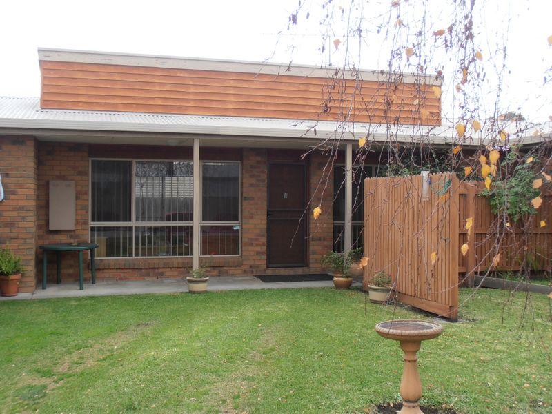 Unit 2/58 Ligar Street, Bairnsdale, Vic 3875