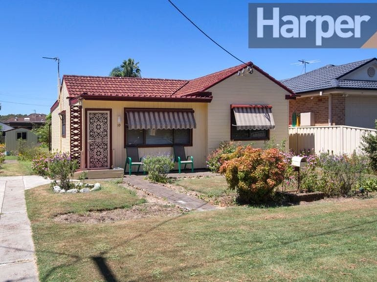 10 Haddon Cres, Marks Point, NSW 2280