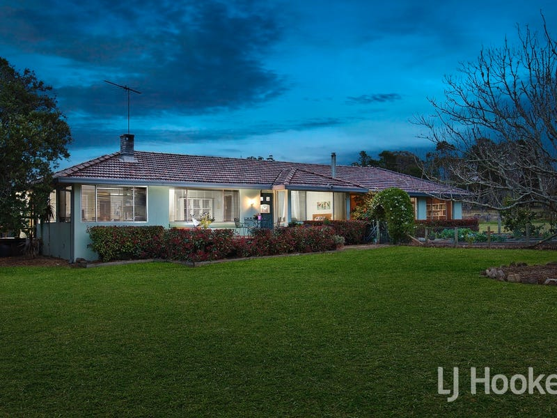 43 Oaks Road, Thirlmere, NSW 2572