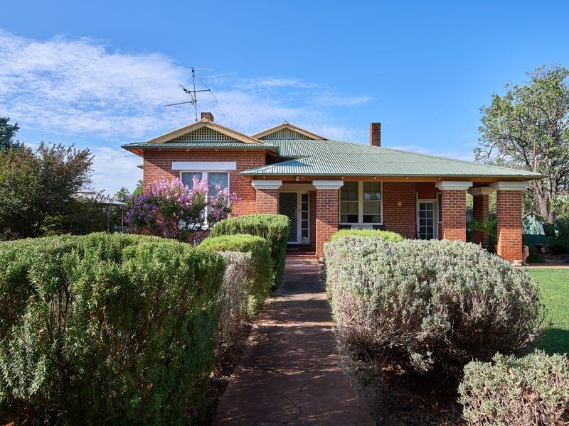 15 Langham Street, Ganmain, NSW 2702