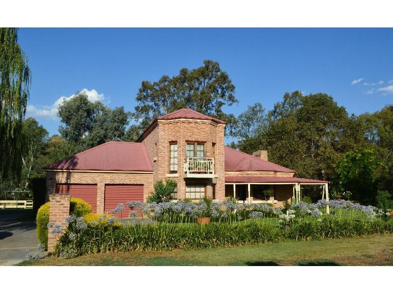 1115 Wangaratta Whitfield Road, Oxley, Vic 3678
