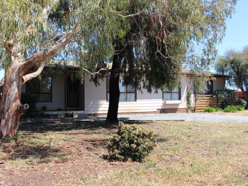 1 Conapaira St, Whitton, NSW 2705