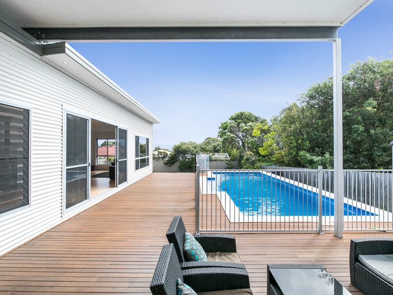 7 Scarborough Street, Bundeena, NSW 2230