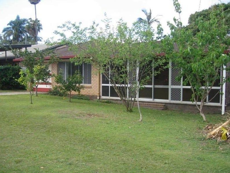 15 Poinsettia Avenue, Mooloolaba, Qld 4557