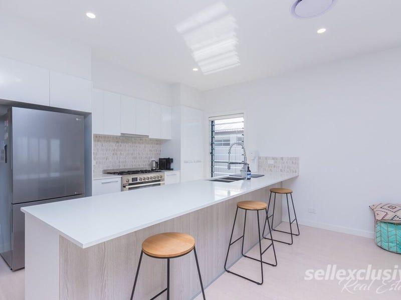 14 Caraway Crescent, Banksia Beach, Qld 4507