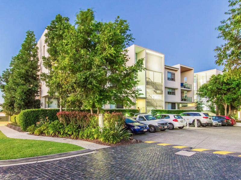8a/154 Musgrave Avenue, Southport