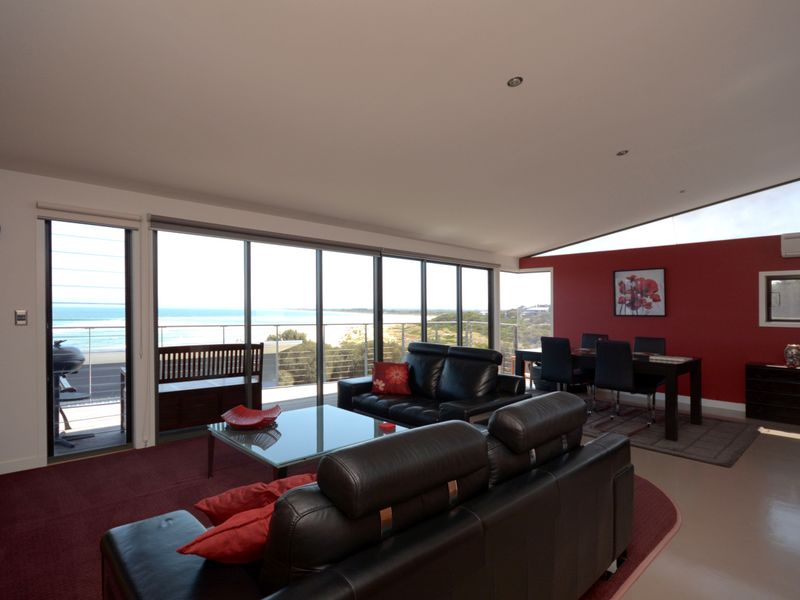 Apartment 1 or 2 14 Meika Place, Coles Bay, Tas 7215