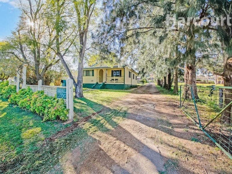 122 Racecourse Avenue, Menangle Park, NSW 2563