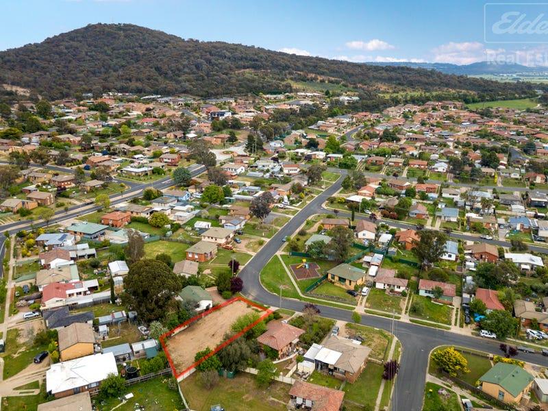 22 Boronia Crescent, Karabar, NSW 2620
