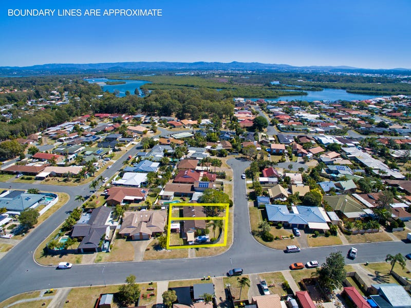 1 & 2/2 Warrie Close, Paradise Point