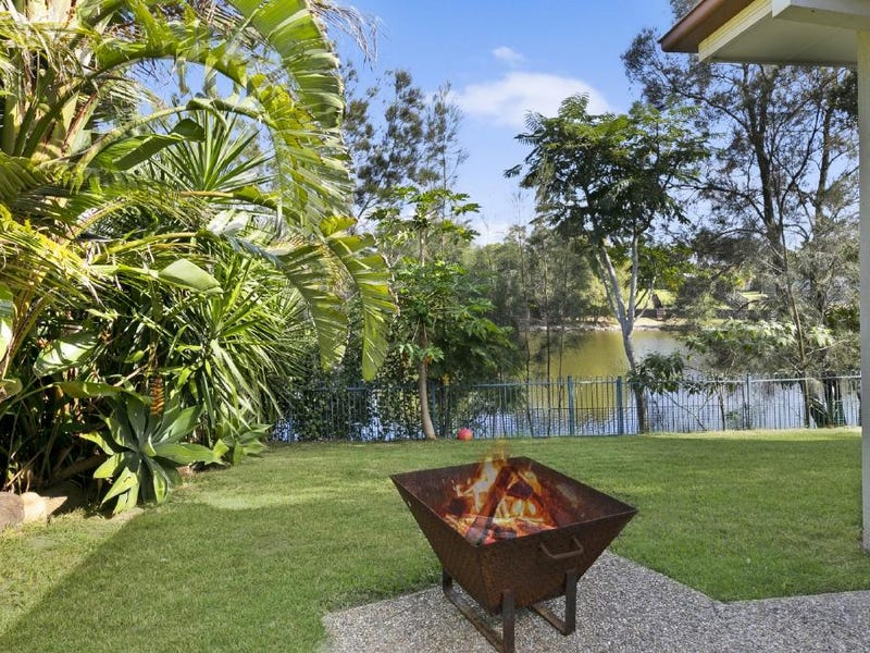 32 A Lakes Circuit, Burleigh Waters, Qld 4220