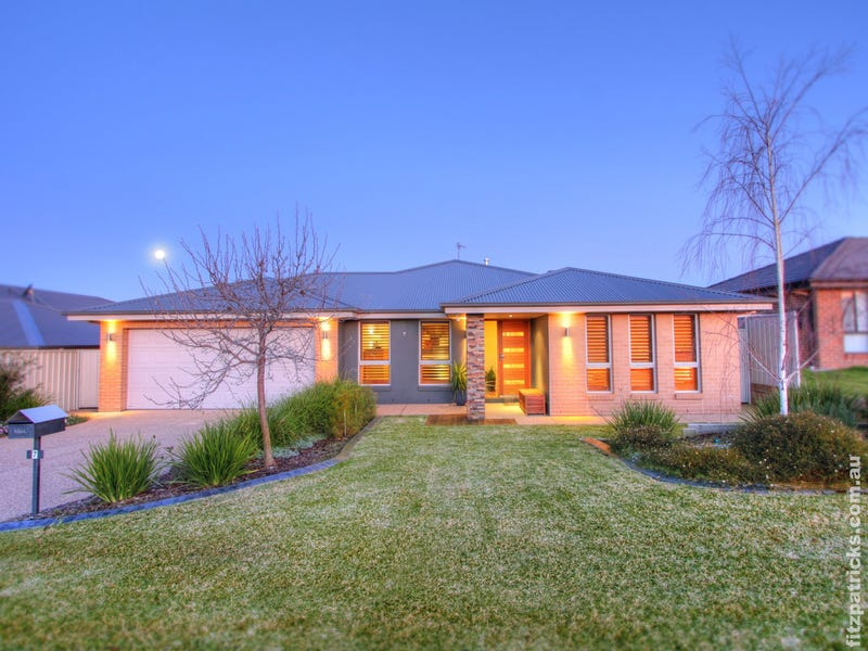 7 Dundale Crescent, Estella, NSW 2650