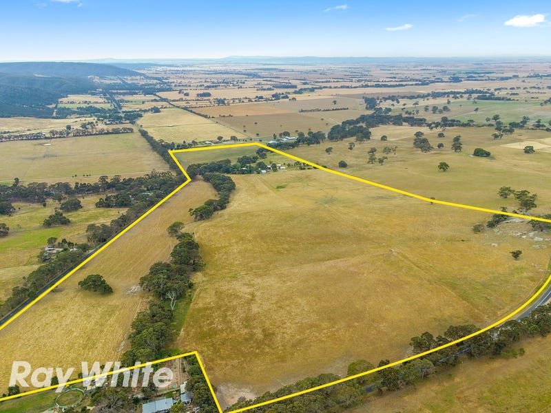 270 Staughton Vale Road, Anakie, Vic 3213