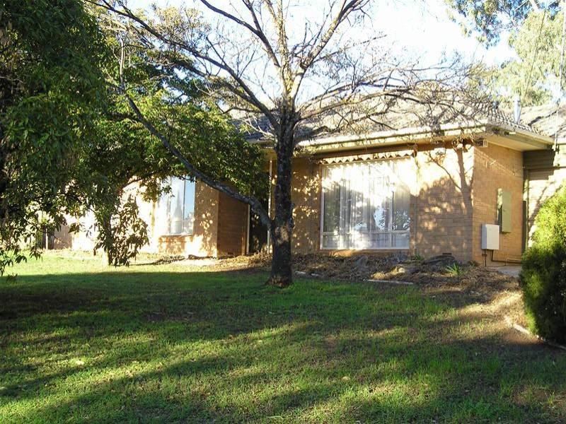 1 Mitchell Drive, Para Hills, SA 5096