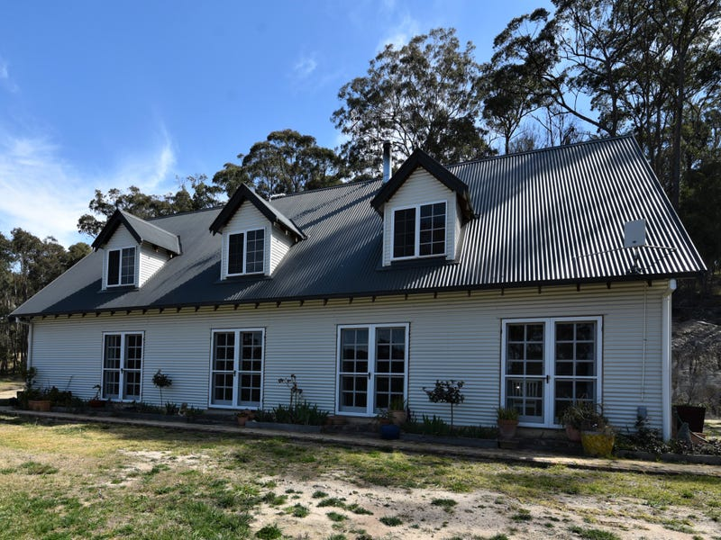 2 Ward Crescent, Glen Innes, NSW 2370