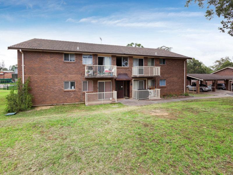 4/57 Jacaranda Avenue, Bradbury, NSW 2560