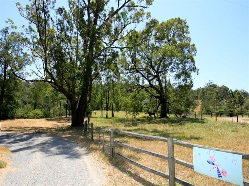 121 Black Rock Road, Martins Creek, NSW 2420