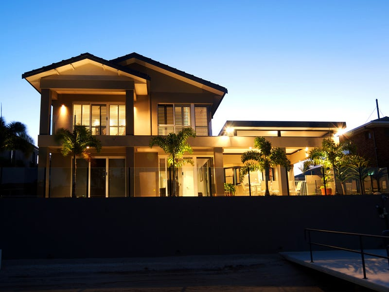 59 Admiralty Drive, Paradise Waters, Qld 4217