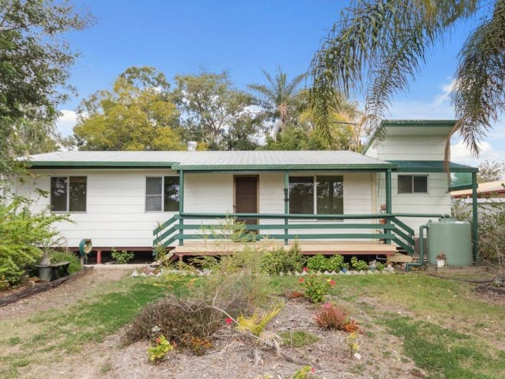 24 Kingsley Street, Walloon, Qld 4306