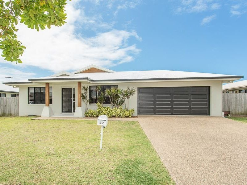 42 Stone Drive, Shoal Point, Qld 4750