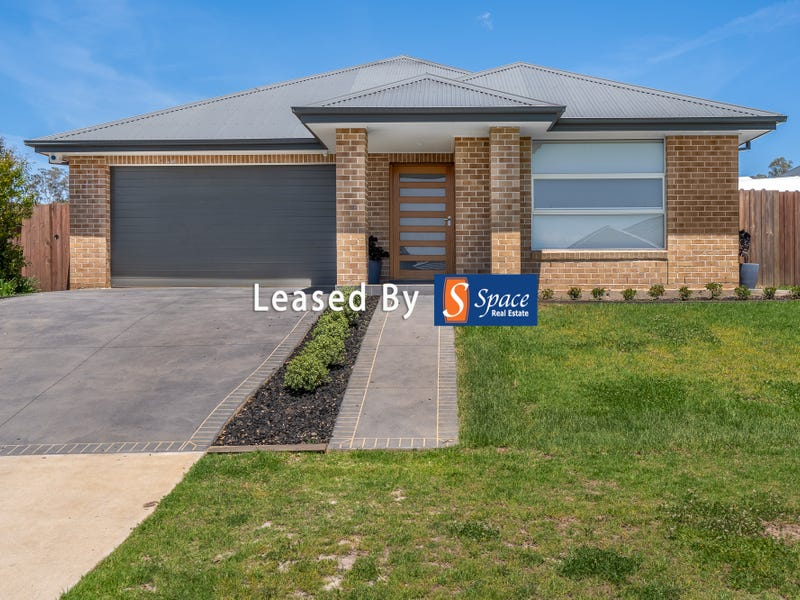 11 Sutton Crescent, Wilton, NSW 2571