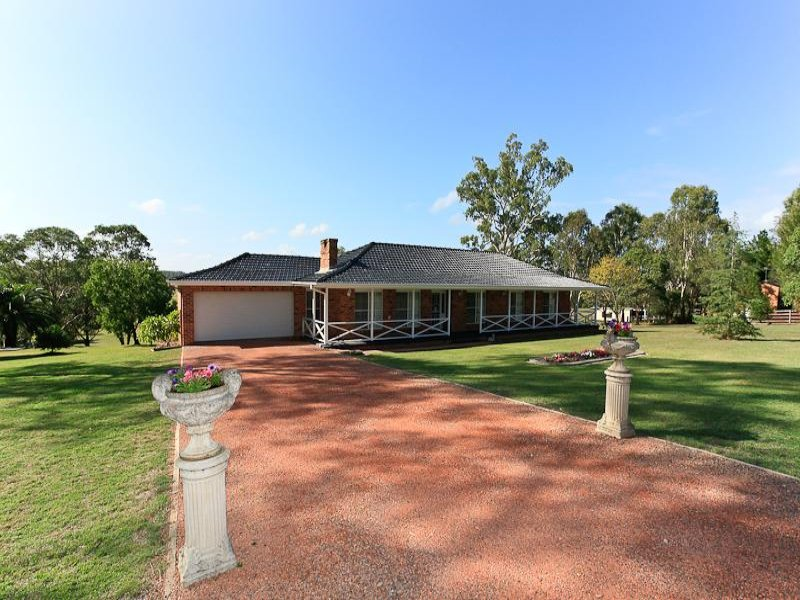 100 Main Road, Cliftleigh, NSW 2321