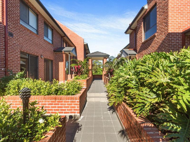 4/1  Anzac Avenue, Denistone, NSW 2114