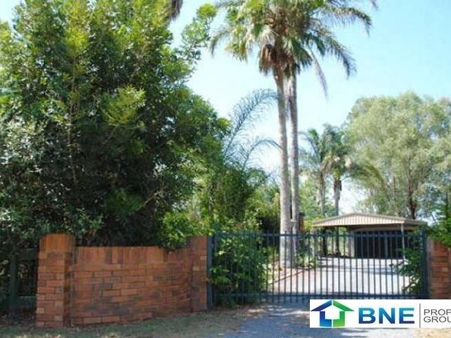72 Dundee Road, North Maclean