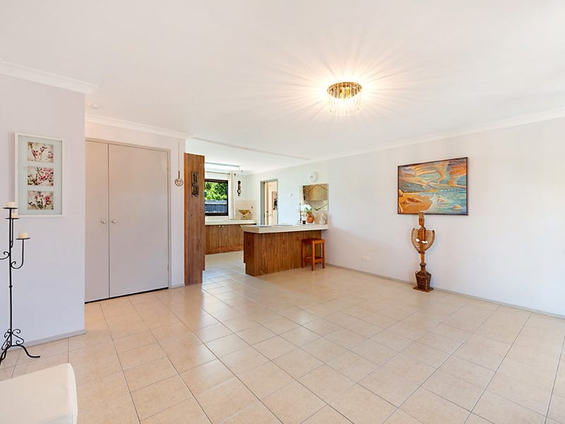 1/110 Oxley Drive, Paradise Point, Qld 4216