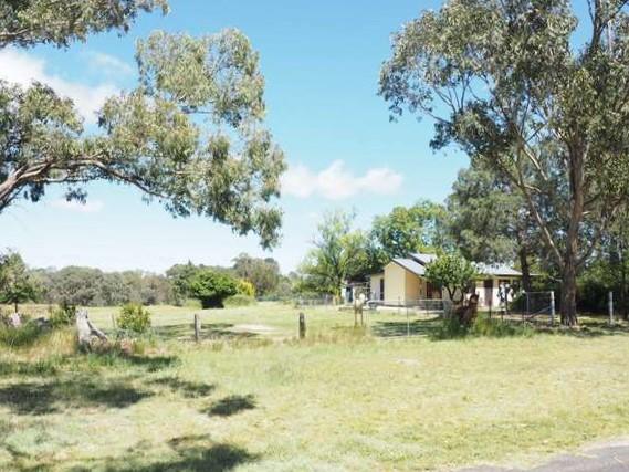 2 Ivon Court, Uralla, NSW 2358