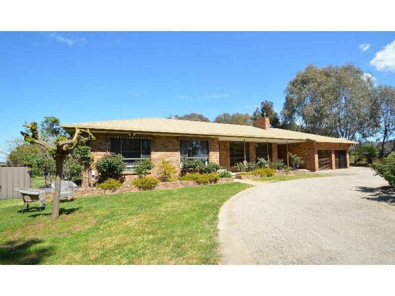 49 Pindari Drive, Wangaratta South, Vic 3678