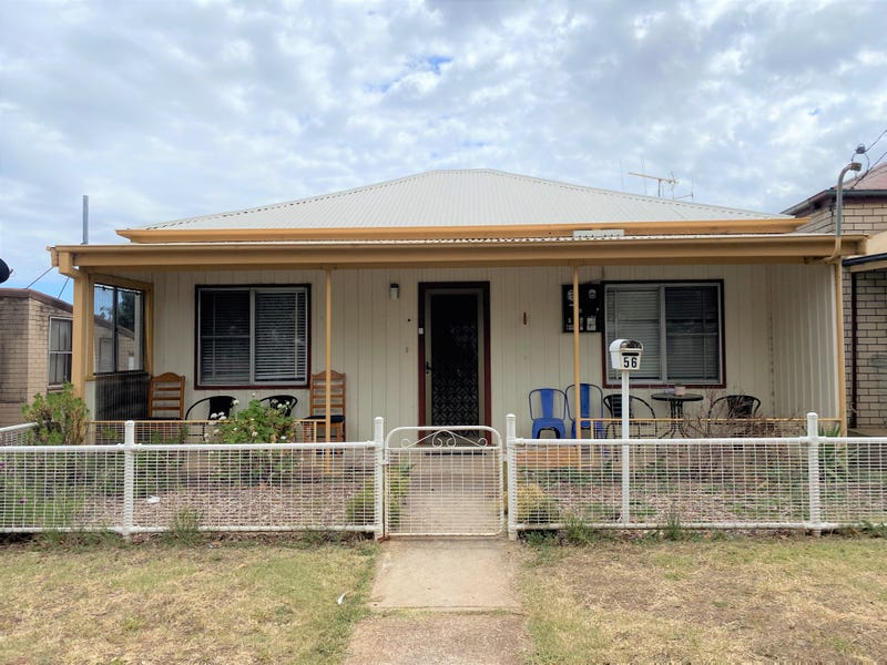 56 Whiteley Street, Wellington, NSW 2820