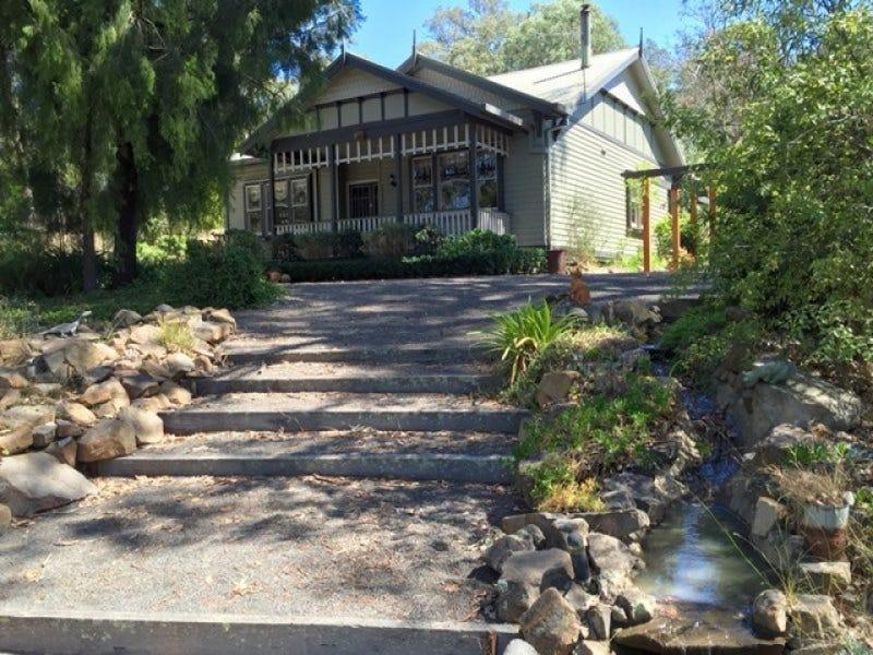 15 Lang Place, Toongabbie, Vic 3856